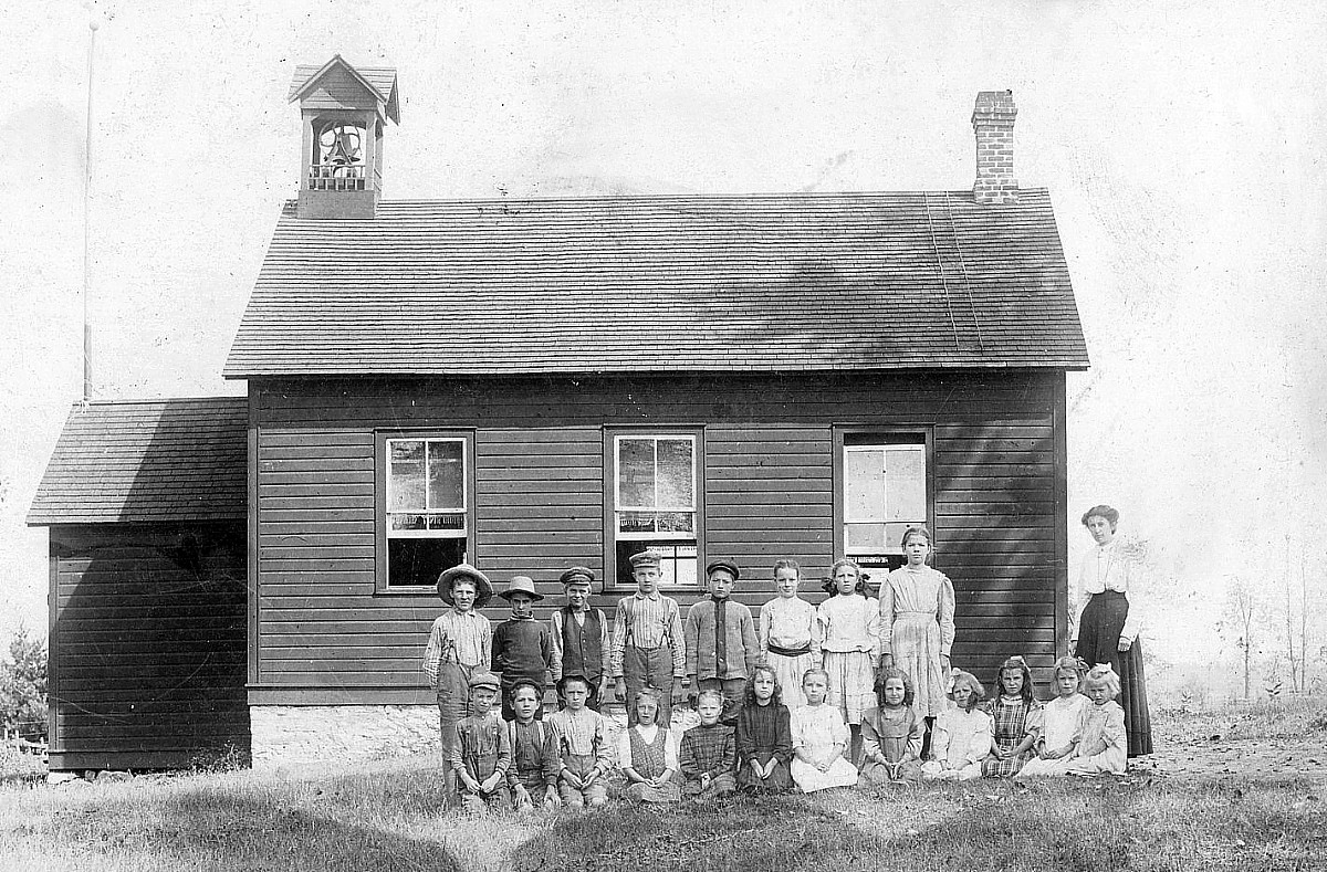 Photograph of a class in front of the school at Elphin, Ontario, about 1910.