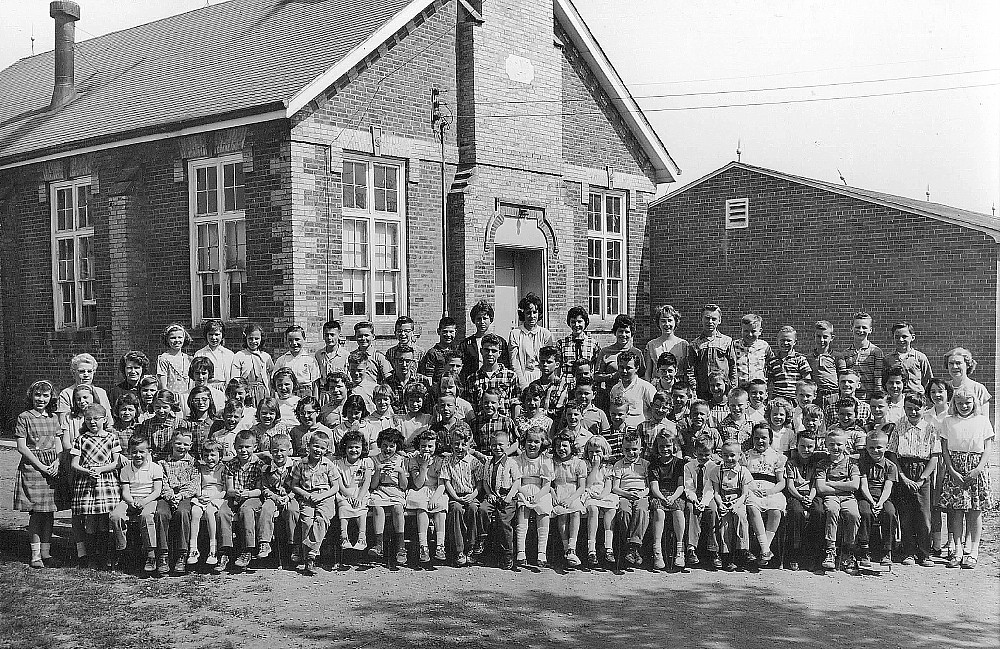 Chinguacousy Township Ontario, S.S. No. 5, 1962 School Photo