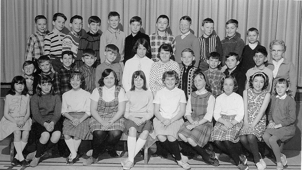 Huttonville Public School, 1965-66, class photo