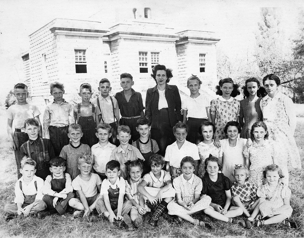 Port Colborne School, about 1945
