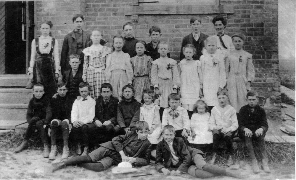 Chinguacousy Township Ontario, S.S. No. 5, 1907, Class Photo